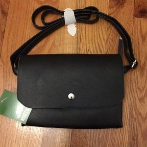 NWT Roots 73 Purse